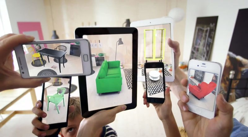 Lien: https://commons.wikimedia.org/wiki/File:Augmented-reality.jpg